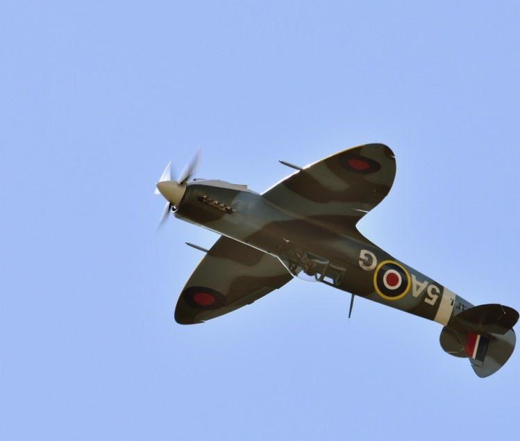 AVION REPLIQUE SPITFIRE