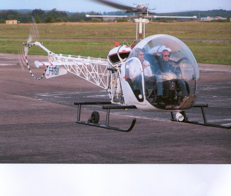 HELICOPTERE BELL 47 G2